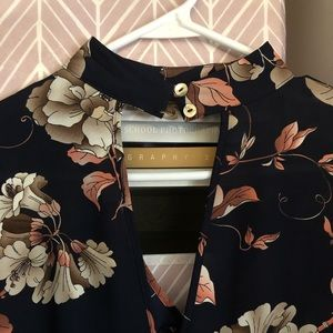 Tops - NWT Blouse size S